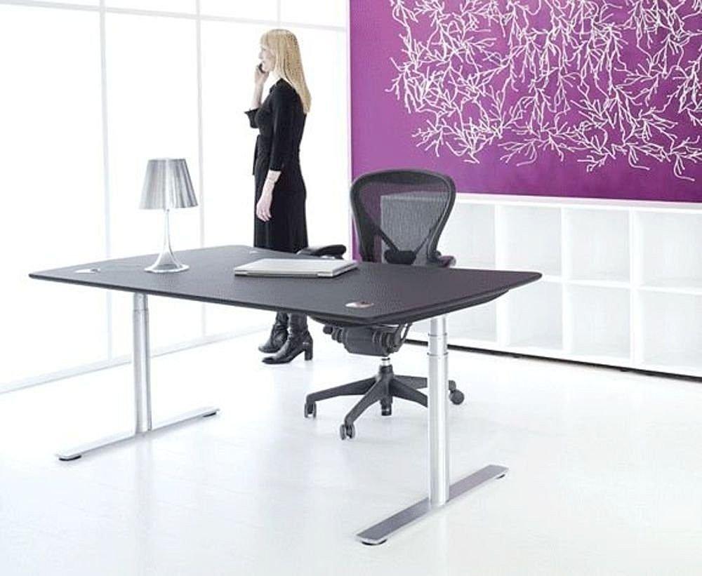 Scrivanie da ufficio moderne design direzionali for Scrivanie direzionali moderne