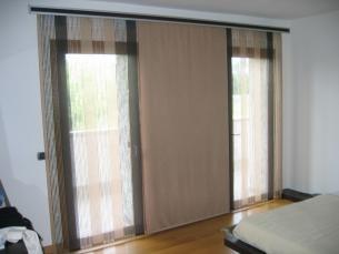 Good tende camera da letto moderna a pannelli with tende for Tende arredamento moderno